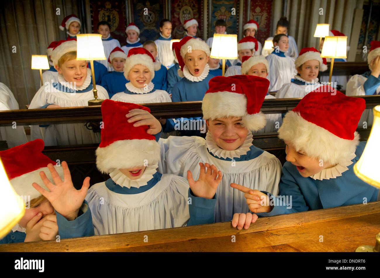 Der Chor der Wells Cathedral in Weihnachten Gewand Stockfoto