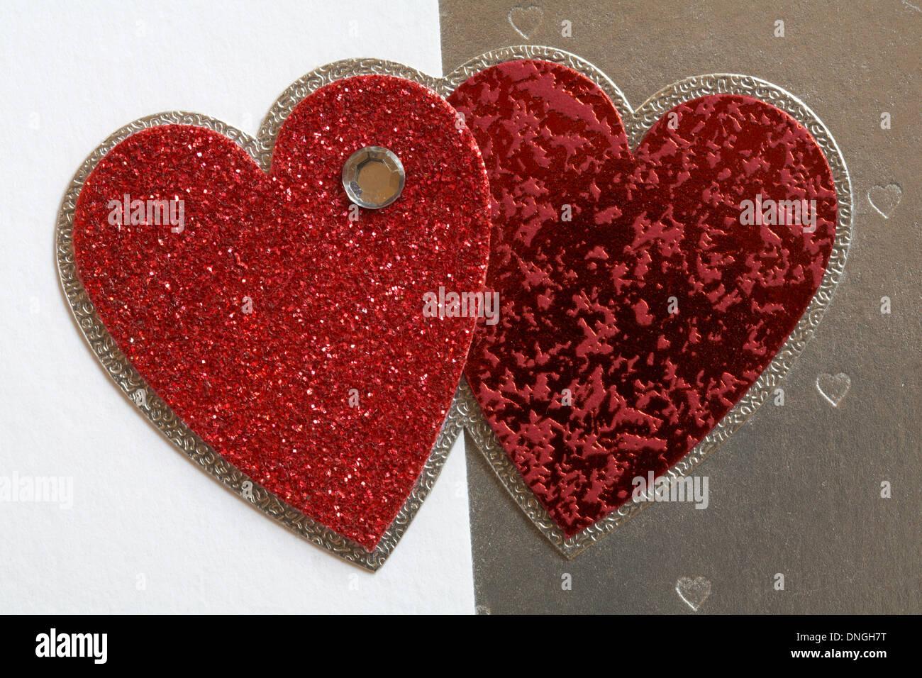 2 Ineinander Verschlungene Herzen Stockfotos 2 Ineinander