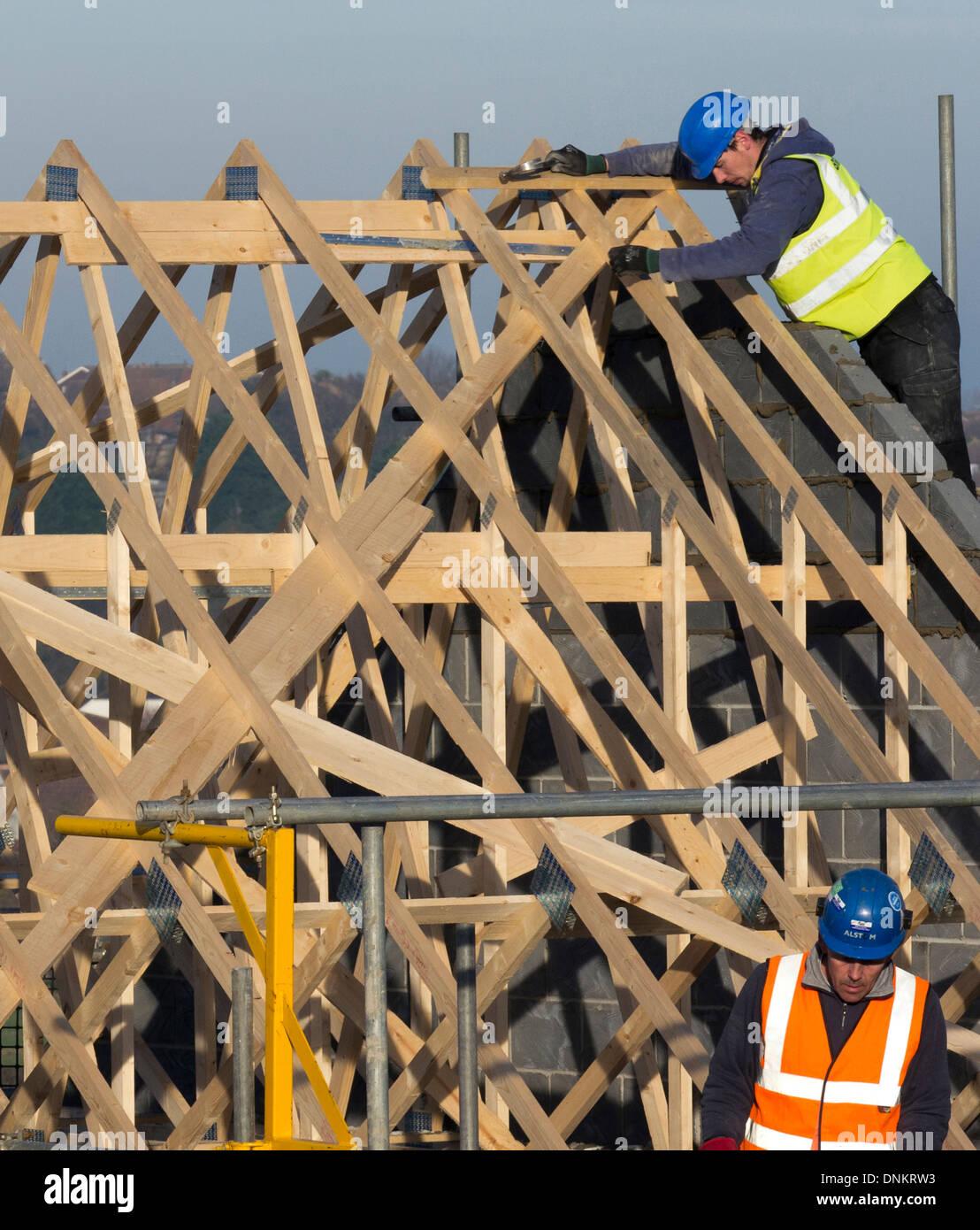 Dachkonstruktion eines neuen Wohnhauses, Grantham, Lincolnshire Stockbild
