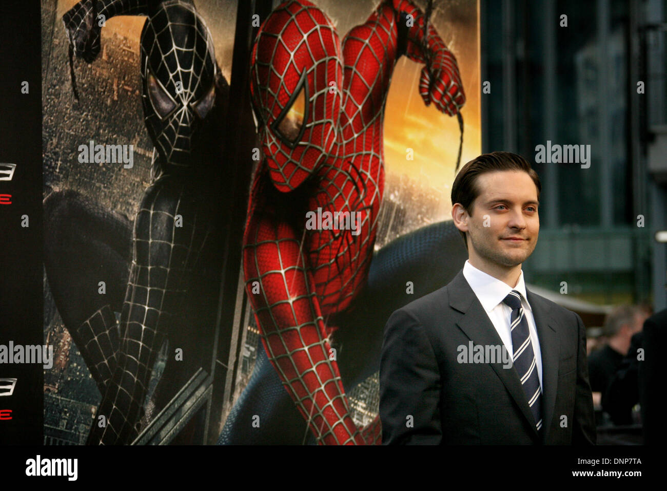 tobey maguire premiere spider man stockfotos & tobey maguire