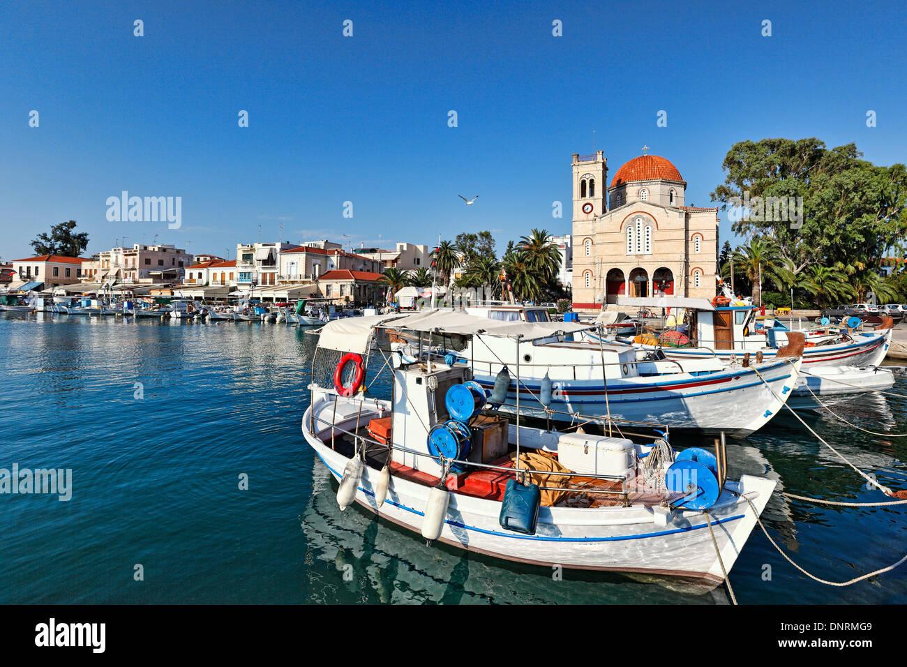 Boote im Hafen von Ägina Insel, Griechenland Stockbild