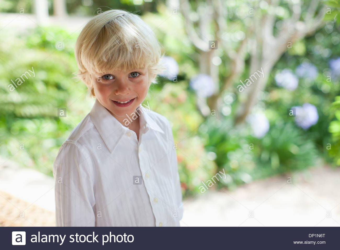 Junge auf Hochzeit Stockbild