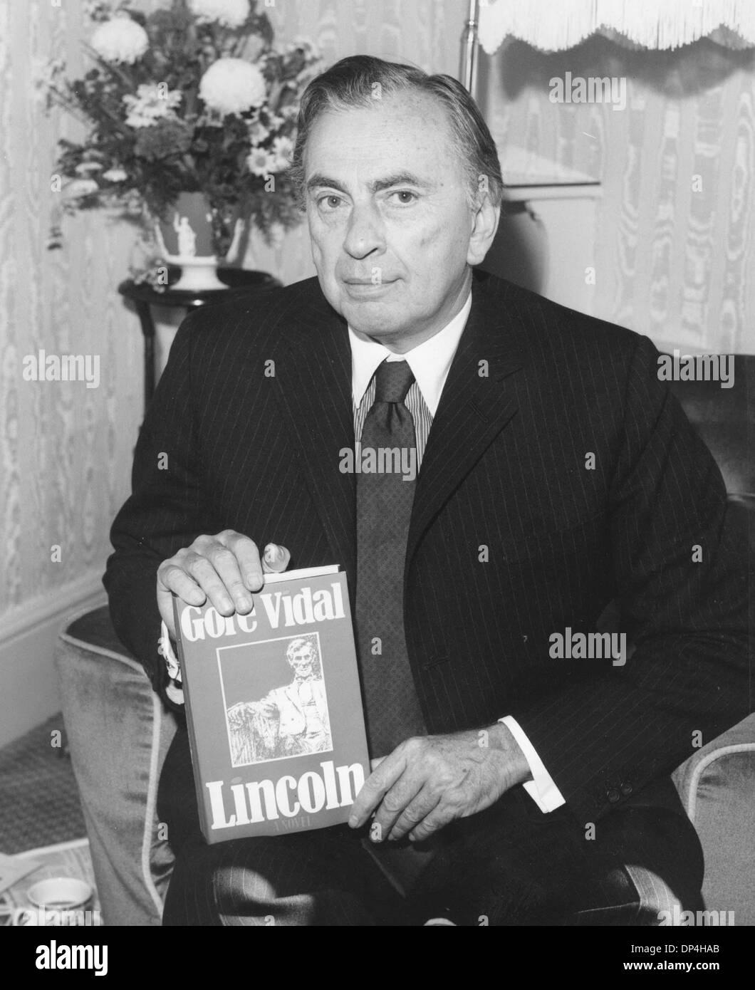 Gore Vidal Book Stockfotos und -bilder Kaufen - Alamy