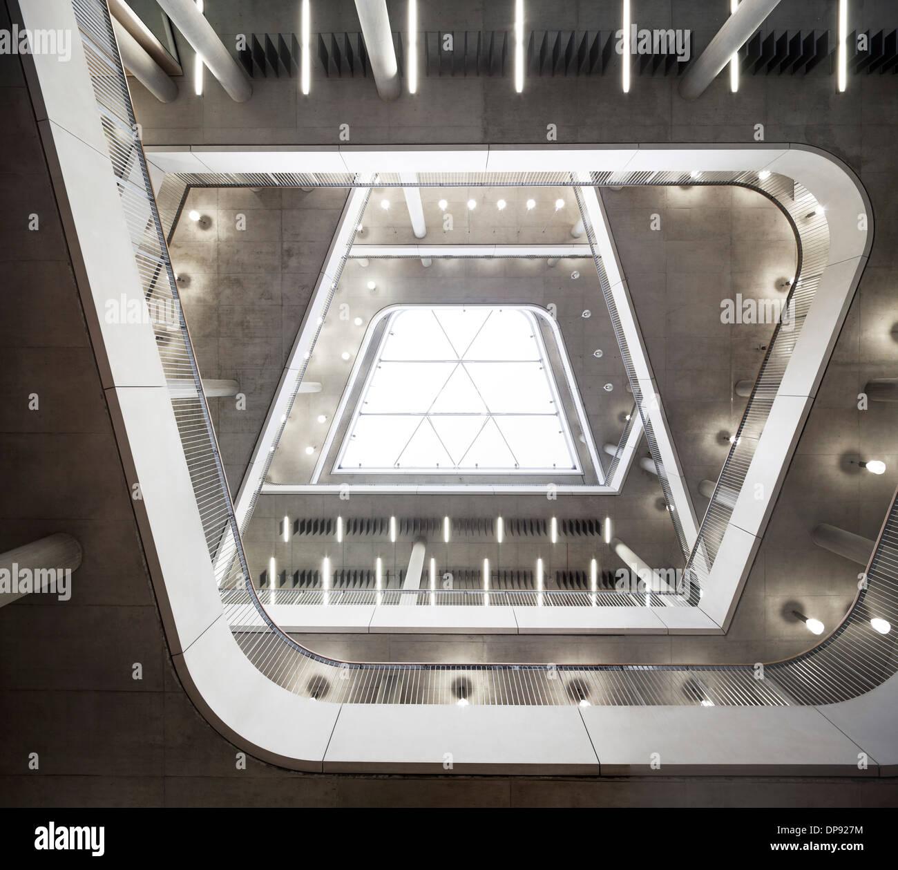 City of Westminster College, Atrium Interieur, London, UK. Stockbild