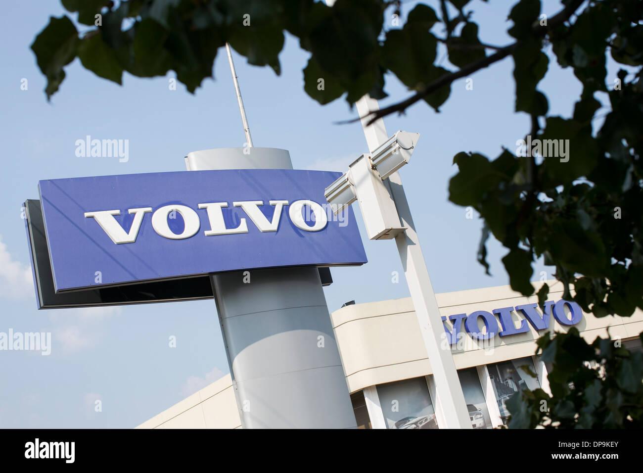 Volvo Händler viel in vorstädtischen Maryland. Stockbild