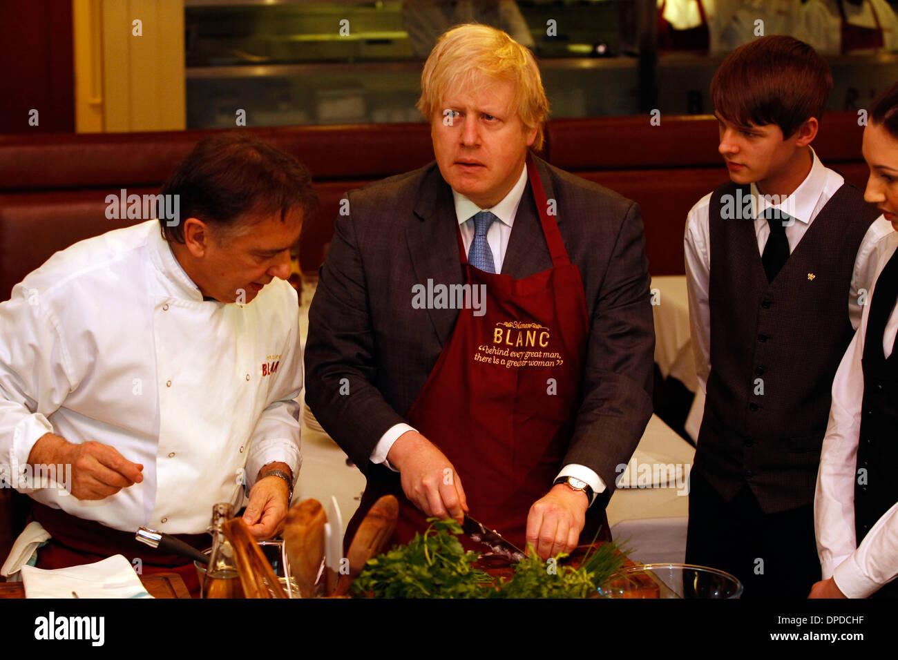 Foto-Shooting für Bürgermeister von London, Boris Johnson, mit dem Küchenchef Raymond Blanc Stockbild