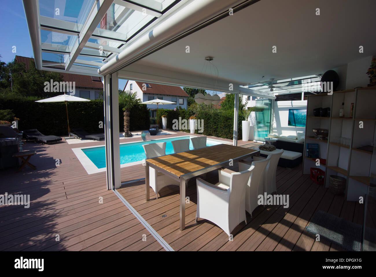 Privates Haus Mit Wintergarten Lounge Pool Und Terrasse