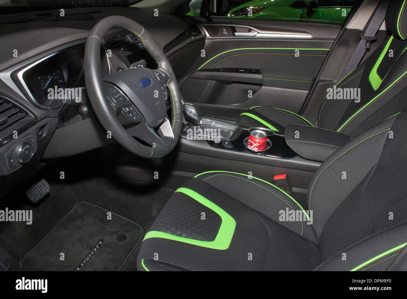 Ford Fusion auf der North American International Auto Show. Die Interieurstoffe werden teilweise aus pflanzlichen Rohstoffen hergestellt. Stockbild