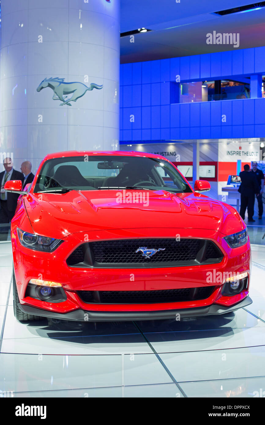 Detroit, Michigan - 2015 Ford Mustang auf dem Display auf der North American International Auto Show. Stockbild