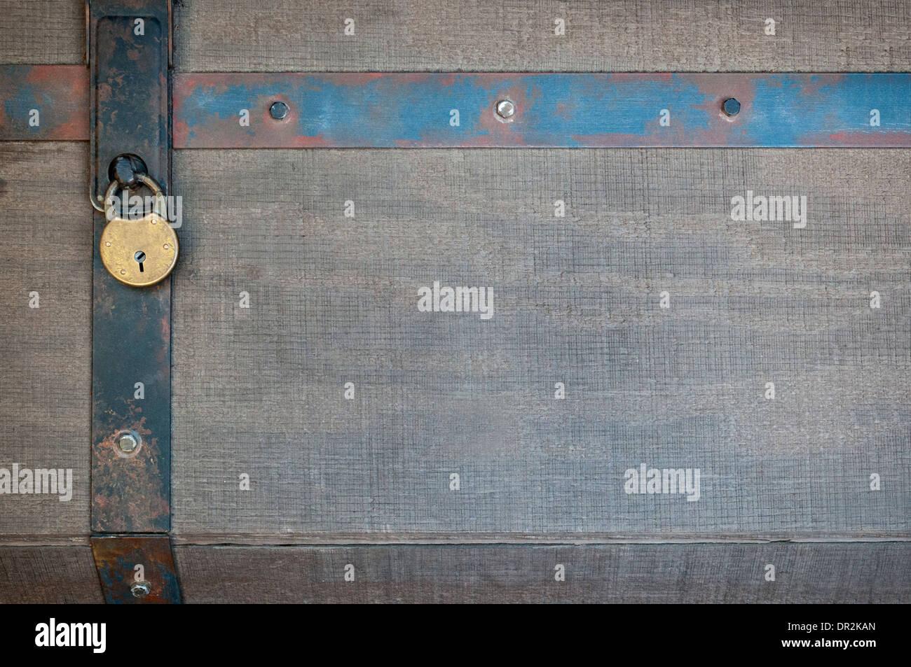 Vorhängeschloss und Metallbändern sichern Ihre eigene Grafiken Stockbild