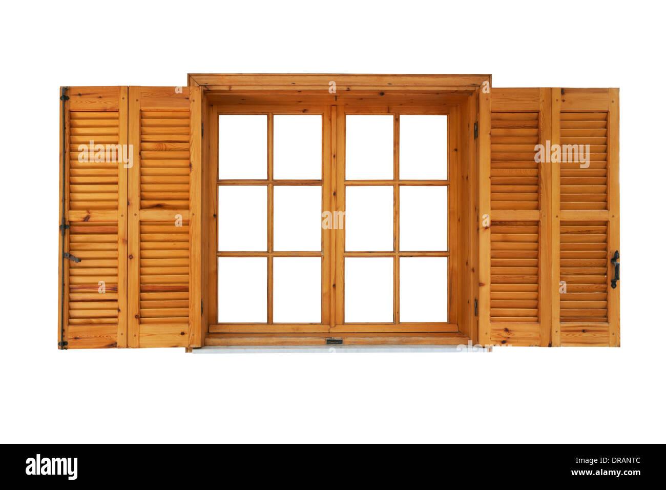 Holzfenster mit Fensterläden geöffnet Außenseite isoliert auf weißem Hintergrund Stockbild