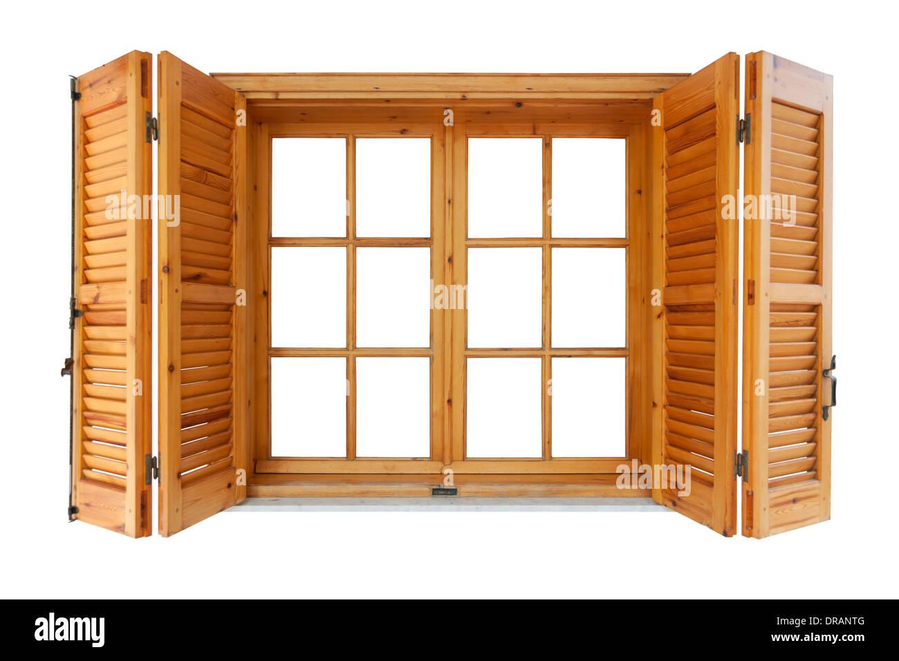 Holzfenster mit Fensterläden Außenseite isoliert auf weißem Hintergrund Stockbild