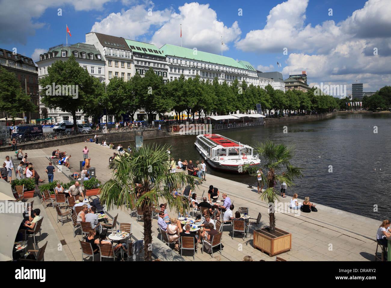 Cafe Alster Pavillion an der Waterfront Promenade und
