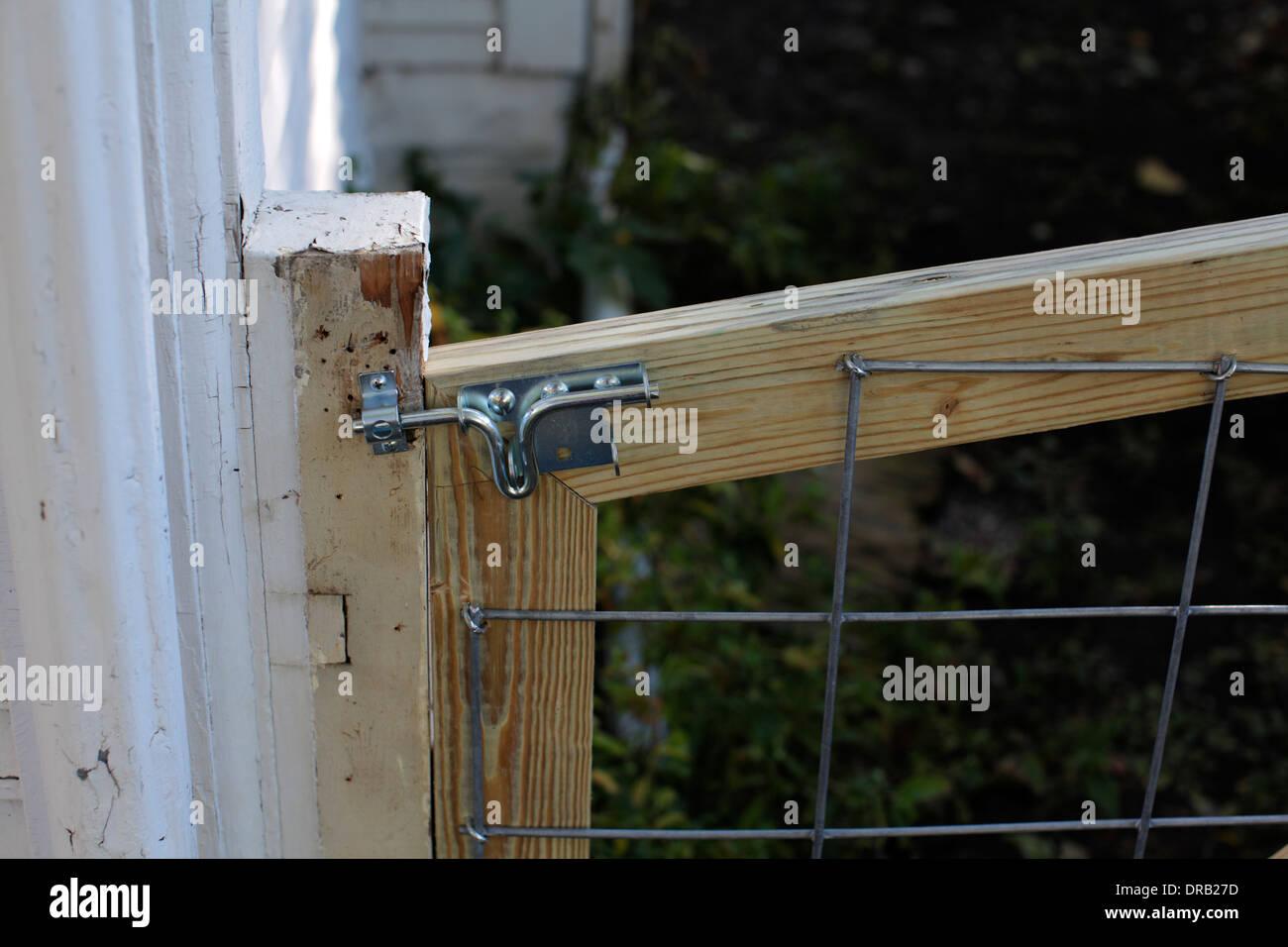 tor-verriegelung stockfoto, bild: 66011441 - alamy