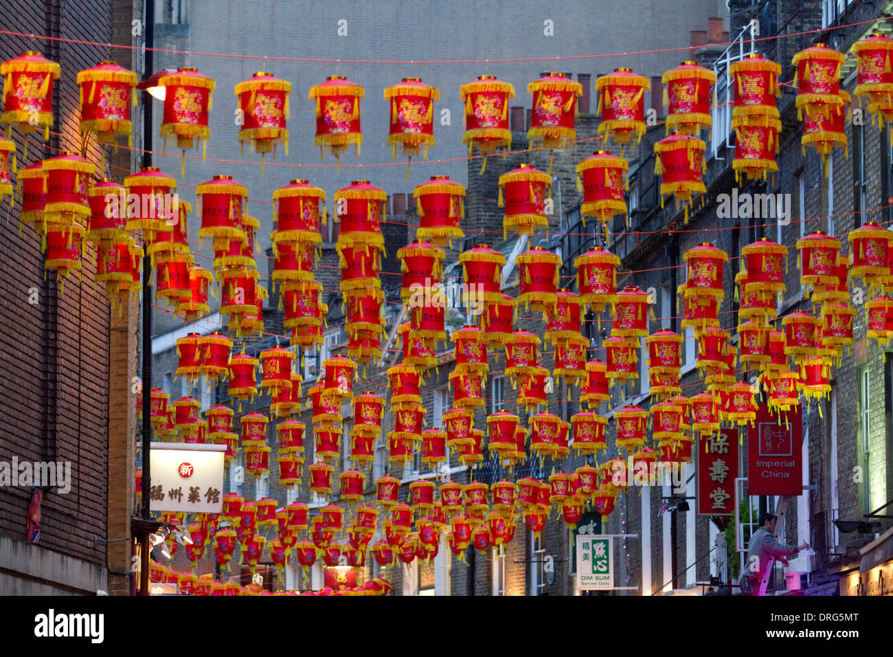 Chinatown, London, UK. 25. Januar 2014. Chinatown ist dekoriert mit ...