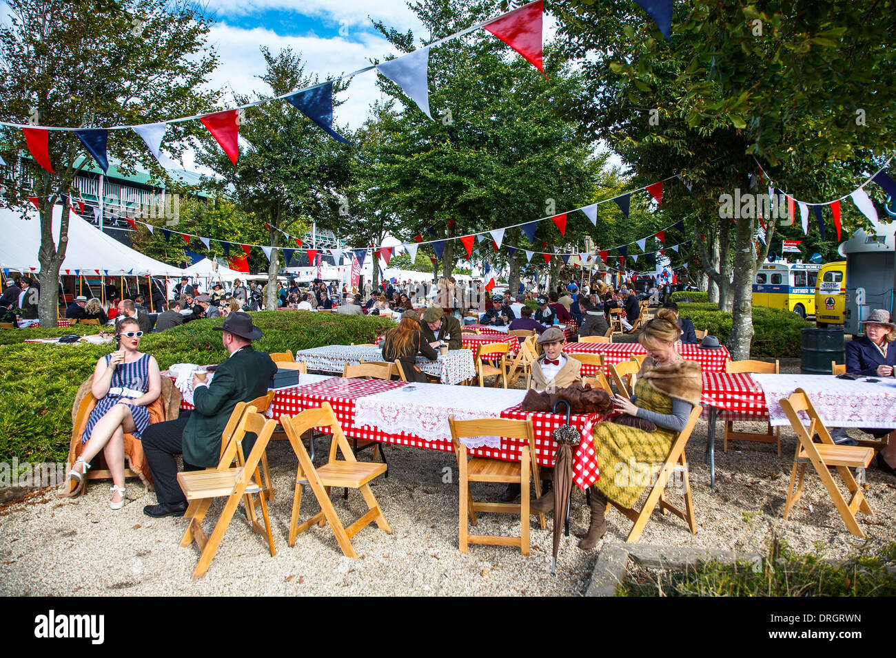 Cafe eingestellt am Goodwood Revival 2013, West Sussex, UK Stockbild