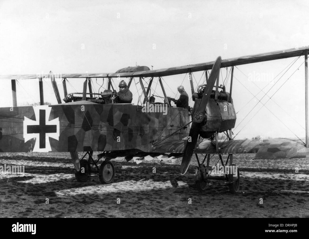 Deutsch-Gotha Doppeldecker mit Crew, WW1 Stockfoto