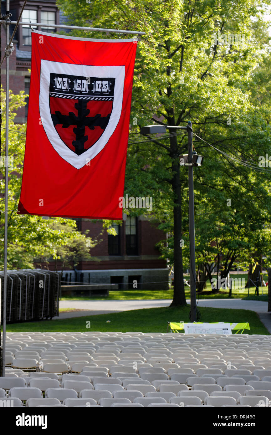 Harvard University Flag Stockfotos & Harvard University Flag Bilder ...