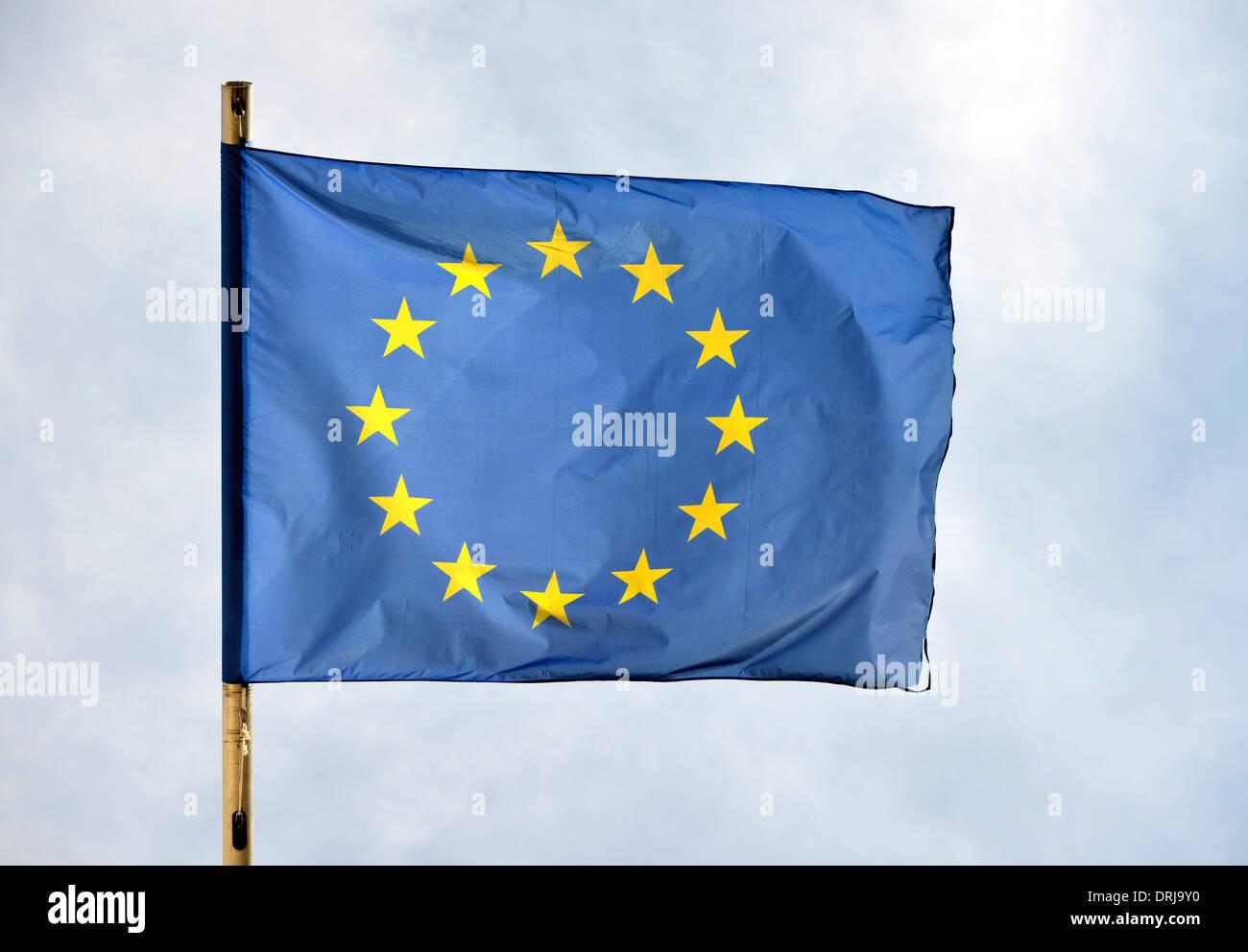 Europaflagge Brügge, Flandern, Belgien, Europa, Europa-Flagge Brügge, Flandern, Belgien, Europa Stockbild
