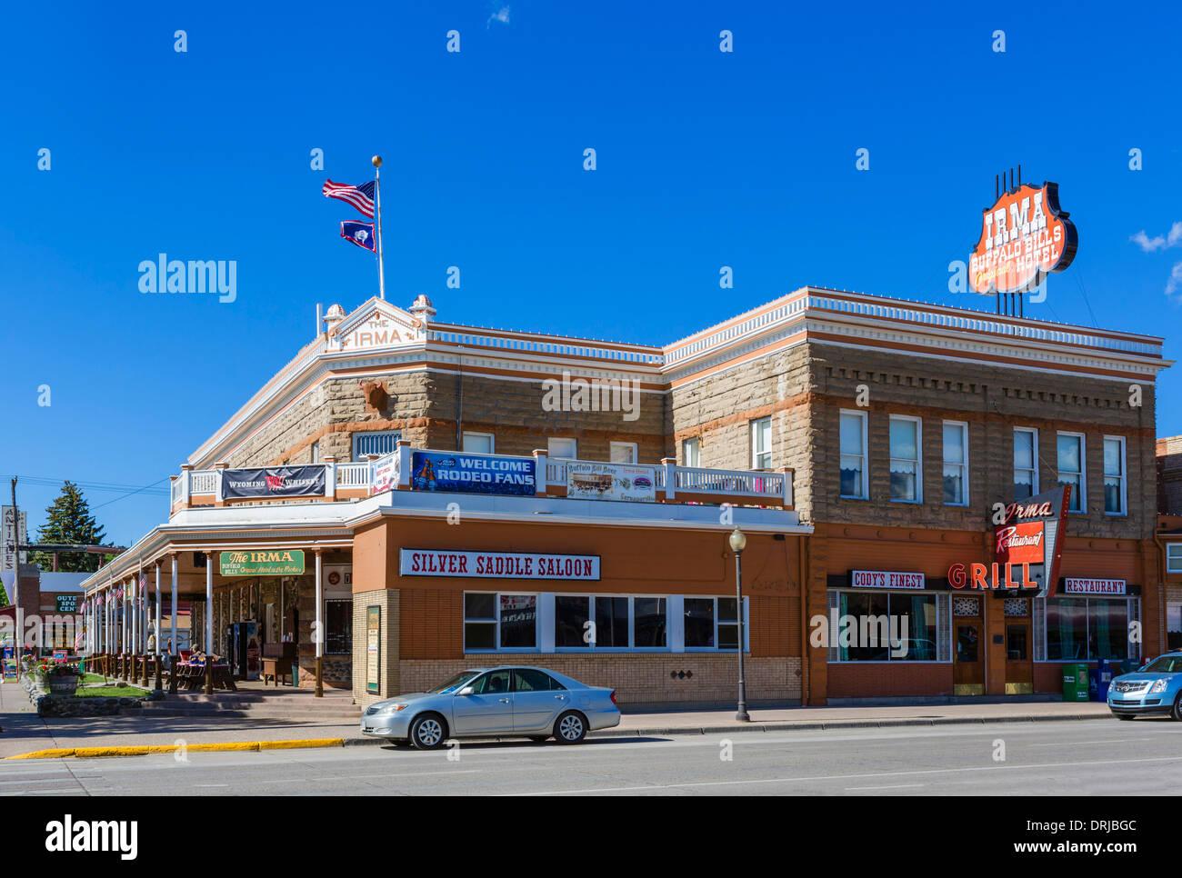 Buffalo Bill Irma Hotel, Sheridan Avenue in der Innenstadt von Cody, Wyoming, USA Stockbild