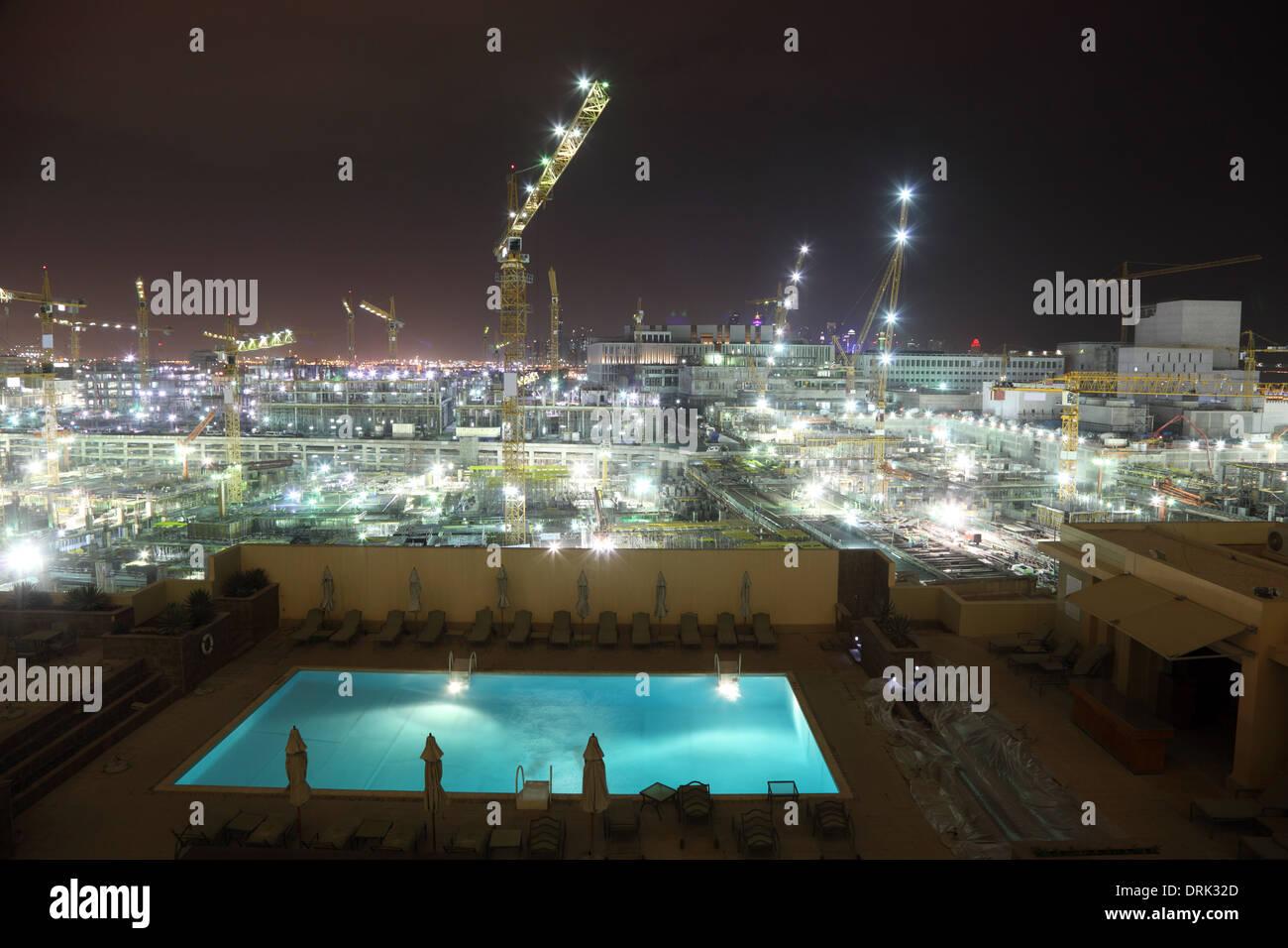 Baustelle in der Nacht. Doha, Katar, Nahost Stockbild