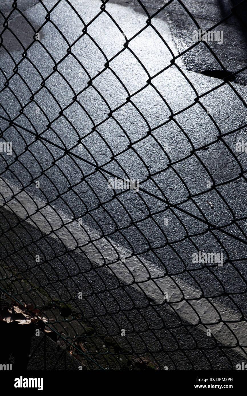 Berühmt Drahtzaun Materialien Fotos - Schaltplan Serie Circuit ...