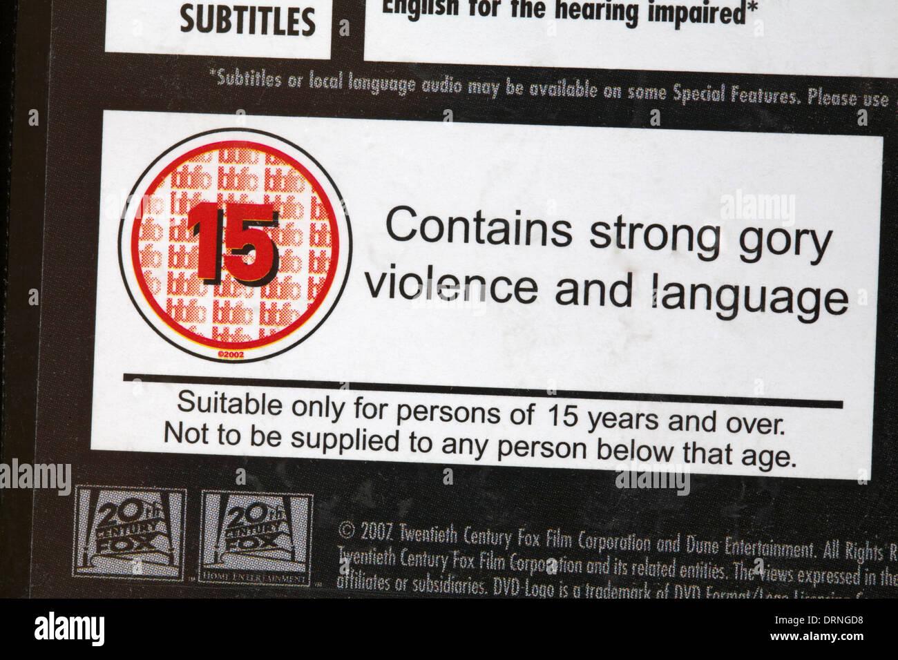 15 Bewertung auf der DVD-Hülle - enthält starke blutige Gewalt und ...