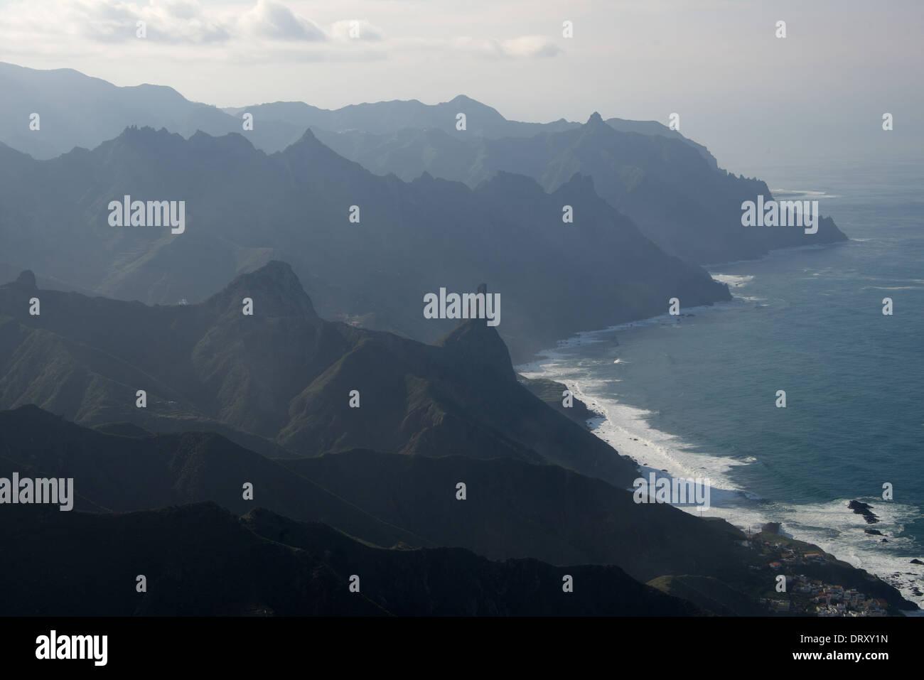 Der Norden Teneriffas aus das Anaga-Gebirge Stockfoto