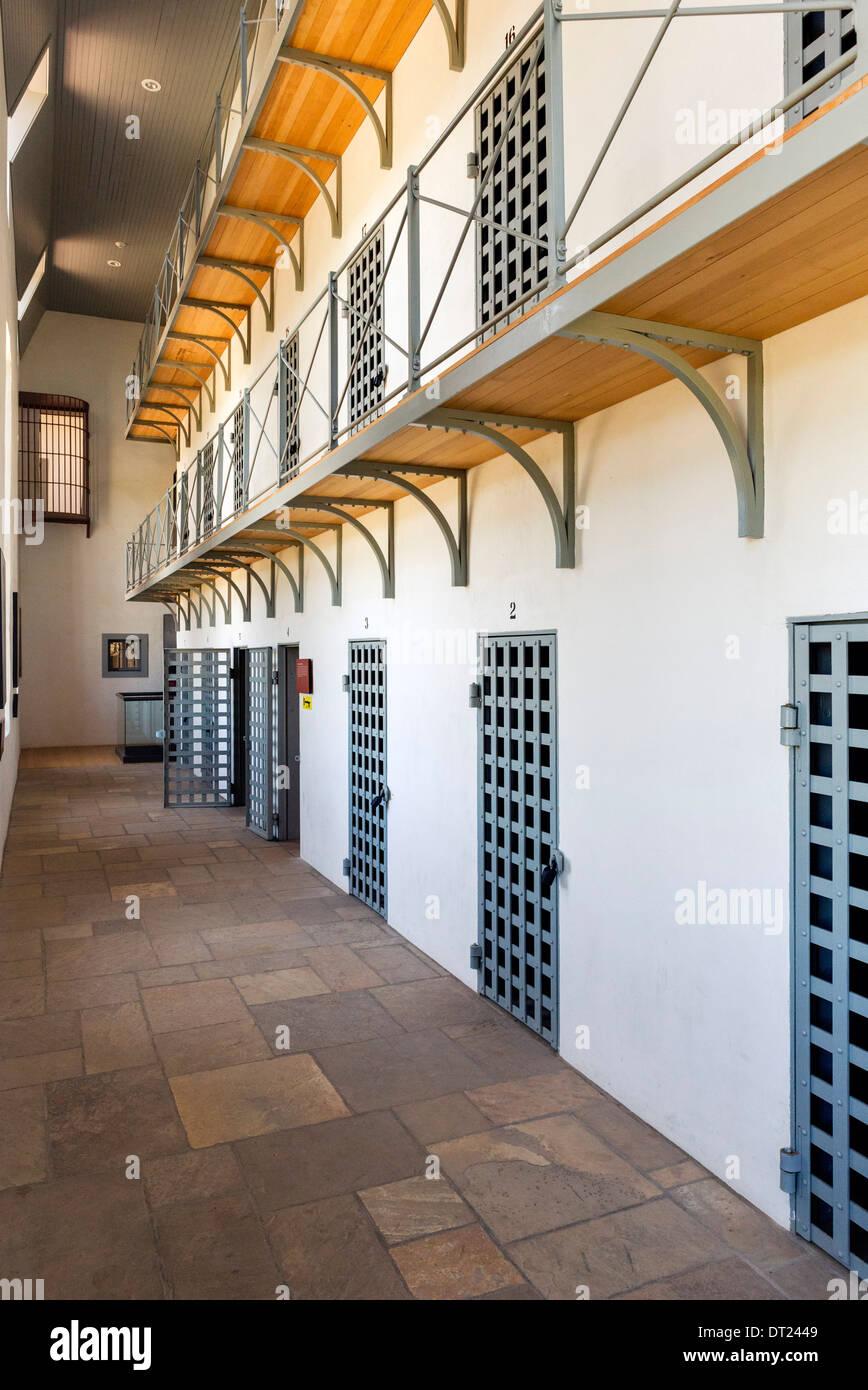 Zellen in Wyoming Territorial Gefängnismuseum, wo einst der Outlaw Butch Cassidy war eingesperrt, Laramie, Stockbild