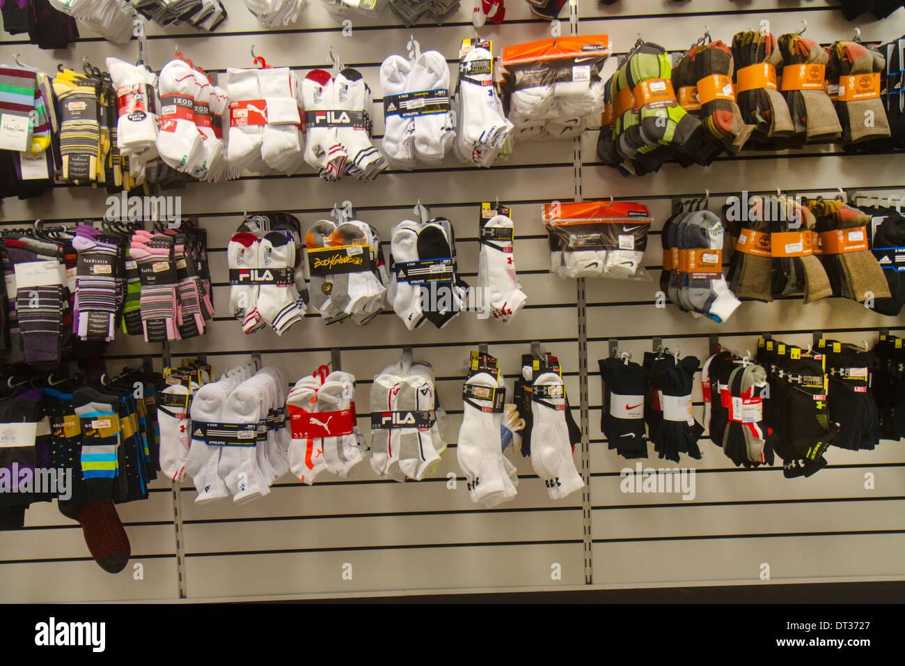 Socks For Sale Stockfotos & Socks For Sale Bilder - Alamy