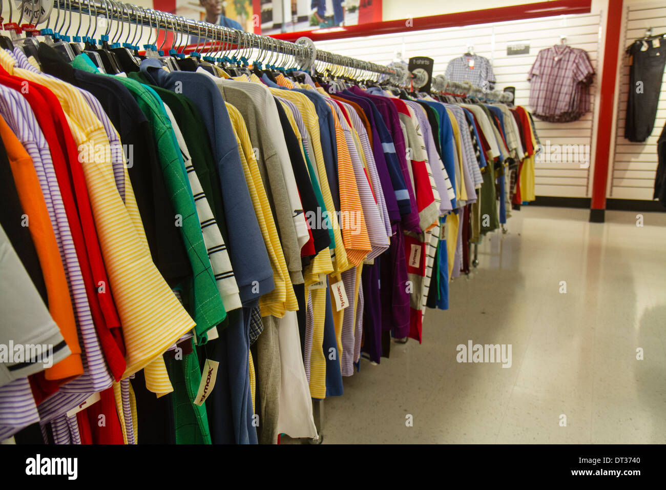 Mens Shirts Stockfotos & Mens Shirts Bilder - Alamy