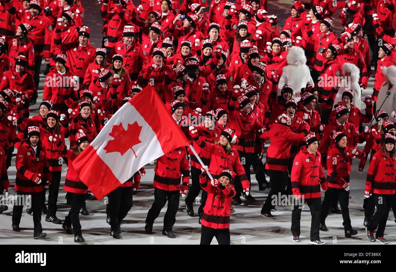 Sotschi Russland 7 Februar 2014 Team Kanada Mit Fahnenträger