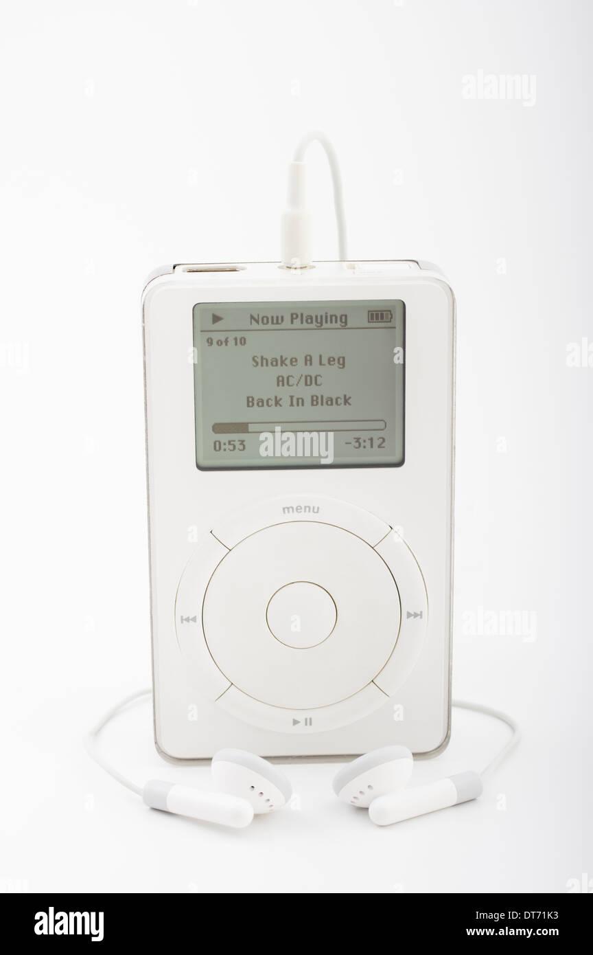 Apple iPod 1. Generation 2001 mit mechanische Scrollrad Steve Jobs und Jonathan Ive Schöpfung Stockbild