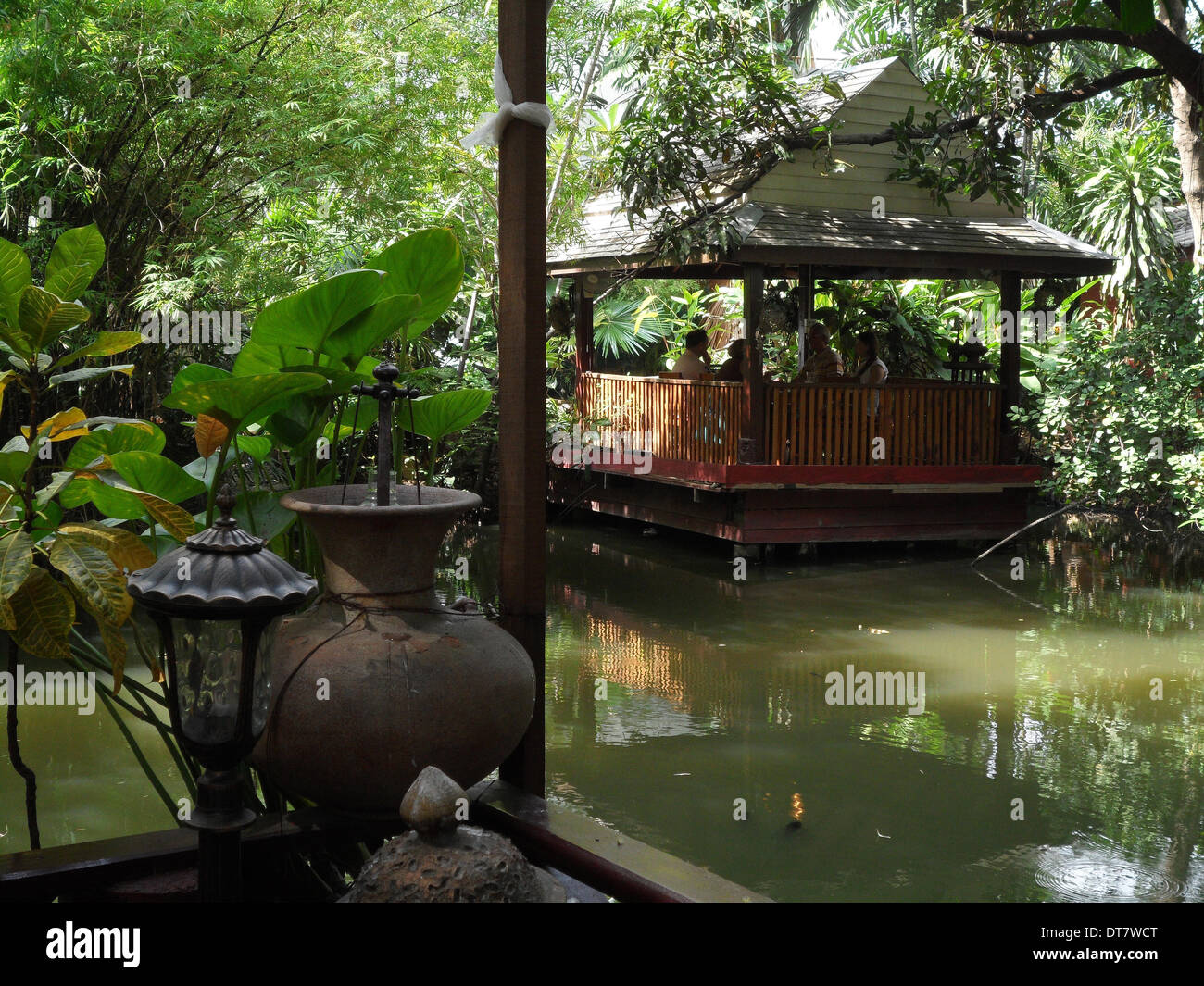 Das Haus am See in Sukhumvit in der thailändischen Hauptstadt ...