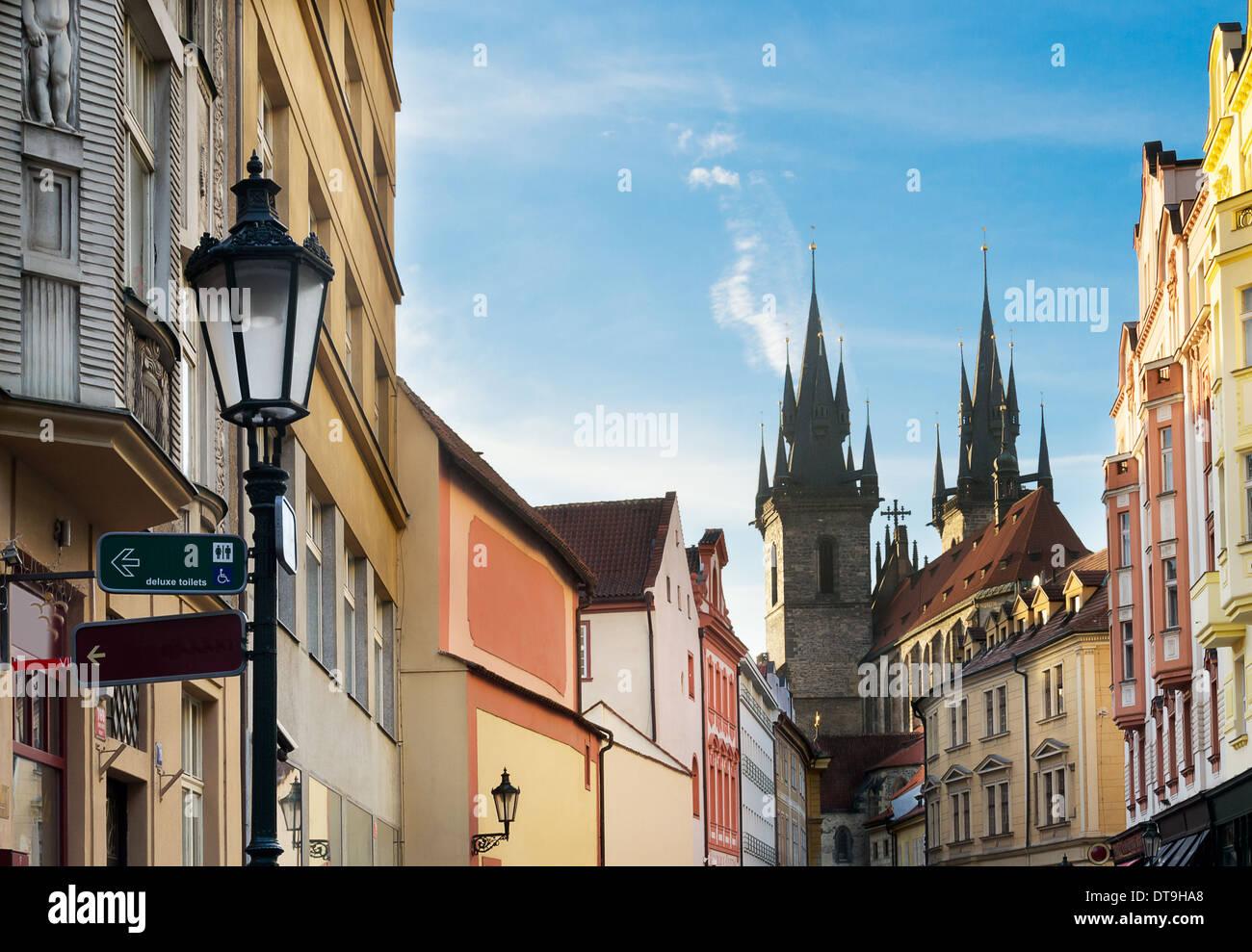 Blick auf die Kirche der Mutter Gottes vor Tyn, auch Tynsky Chrám. Prag, Tschechische Republik. Stockbild