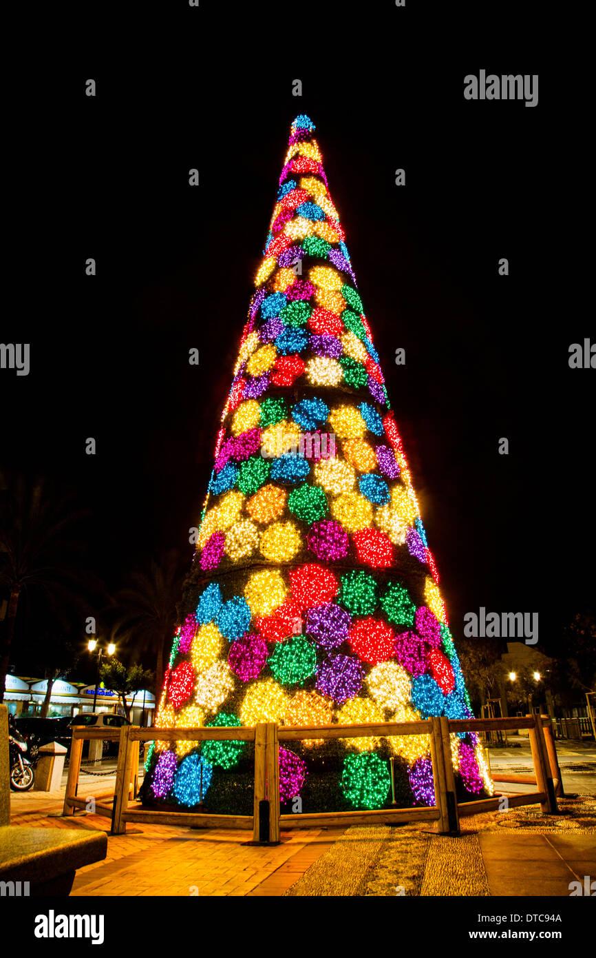 Lichter und Weihnachten Dekoration Fuengirola Malaga Costa del Sol ...