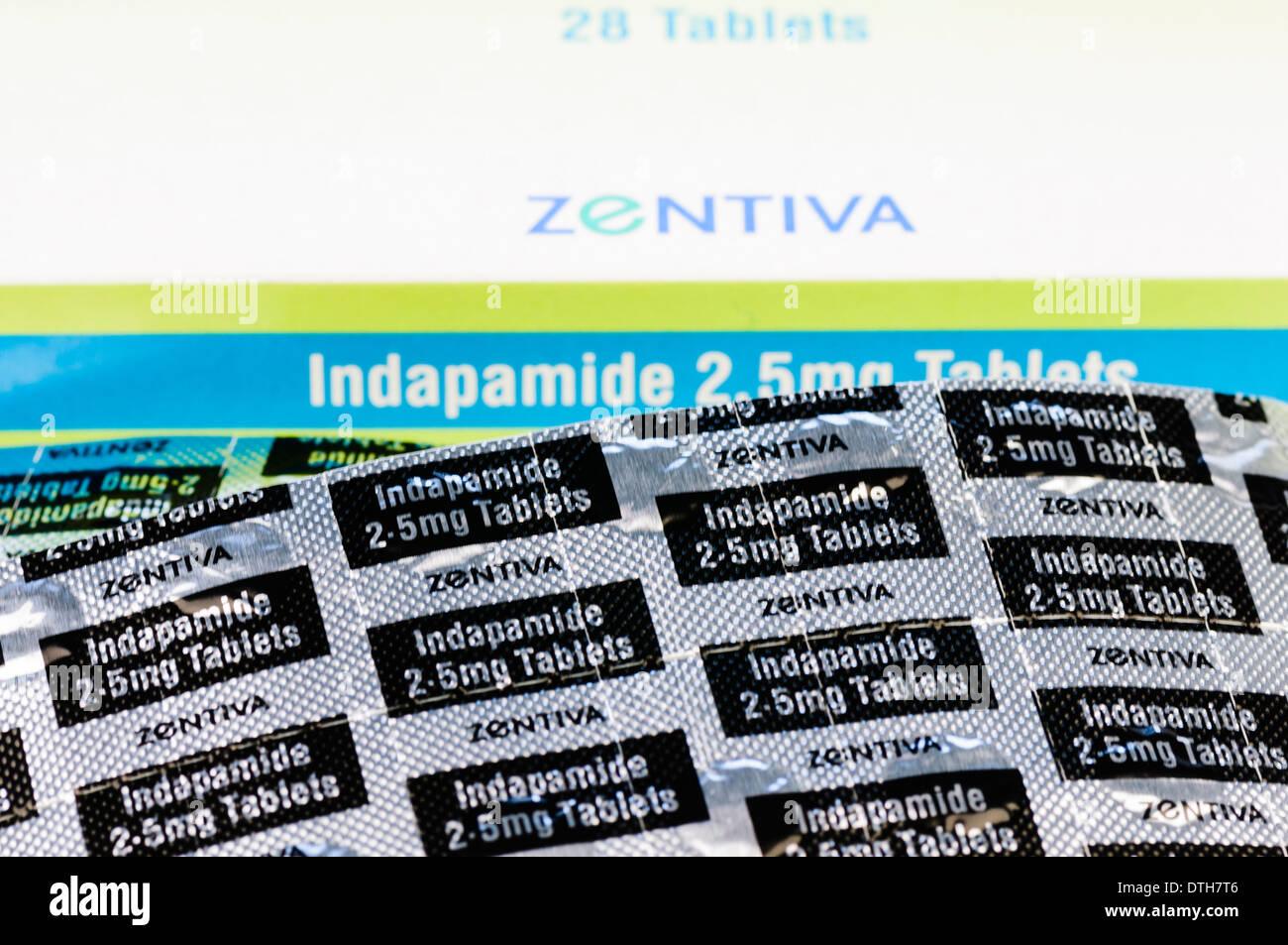 Indapamid 20,20 mg Tabletten, ein Diuretikum Wasser Tablette in ...