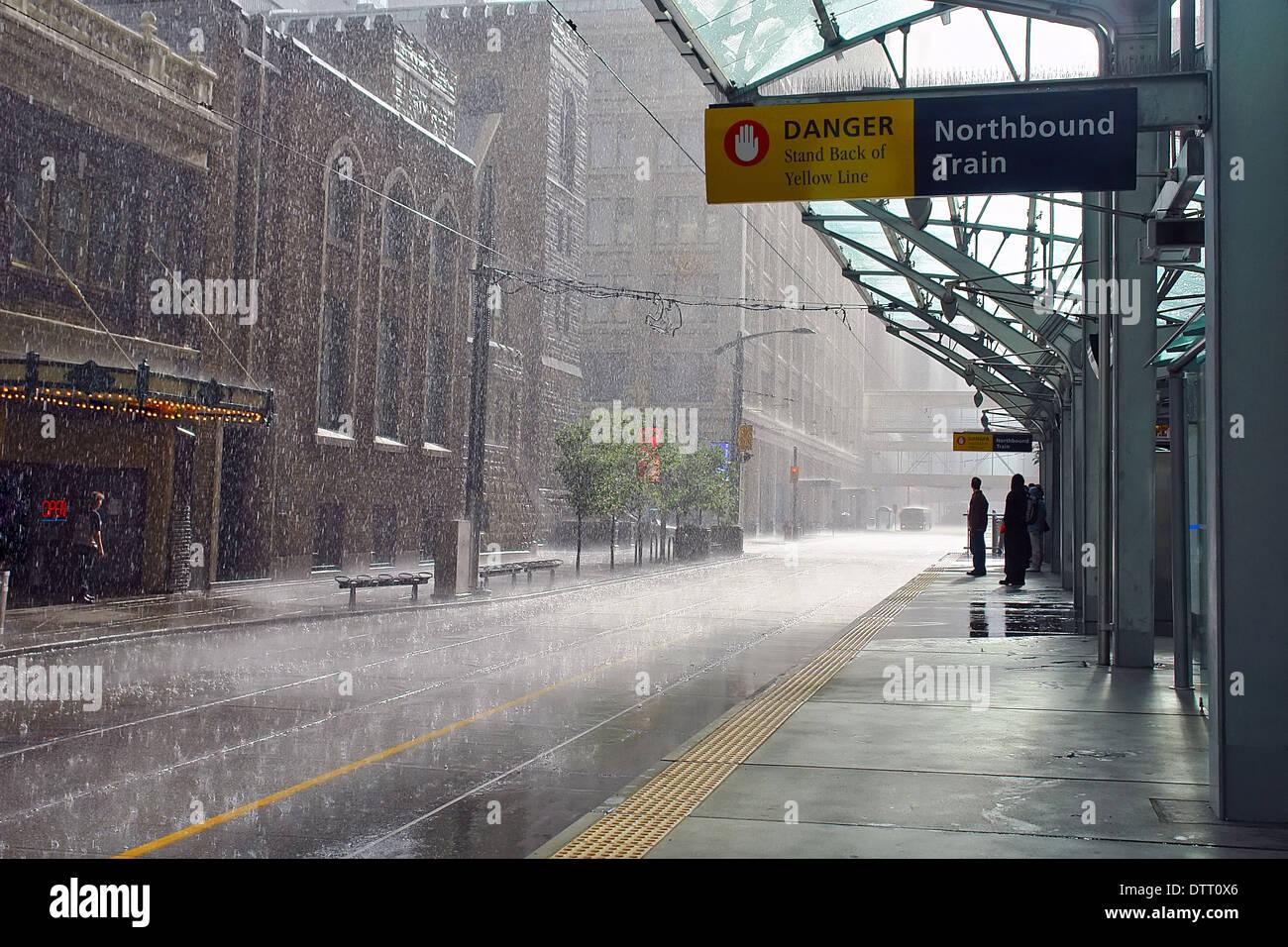 Regen in Calgary, Kanada Stockbild
