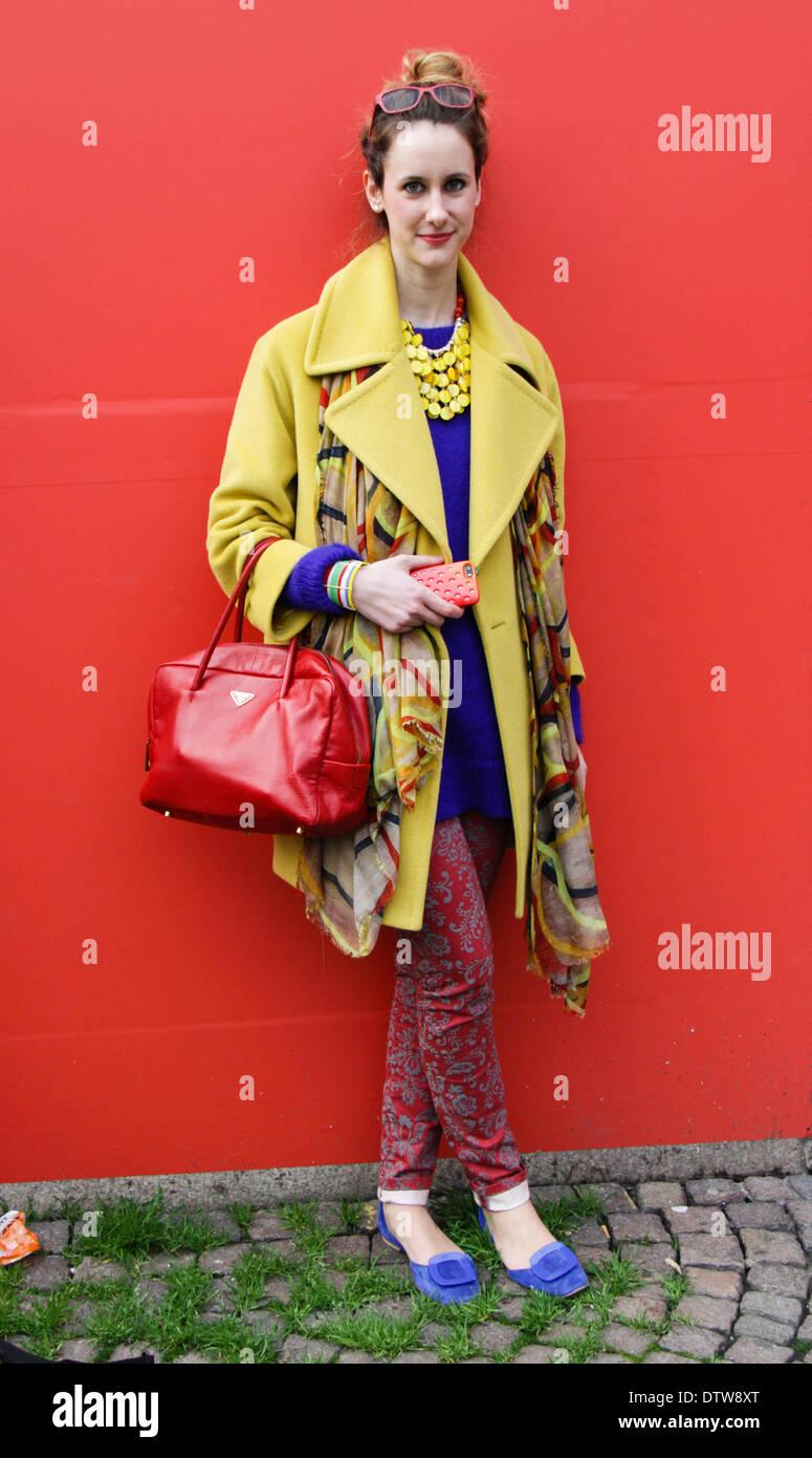 Designerin Alessandra Bettoni Ankunft bei der Costume National Modenschau in Milan - 20. Februar 2014 - Foto: Start-und Landebahn Manhattan/Paolo Diletto Stockbild