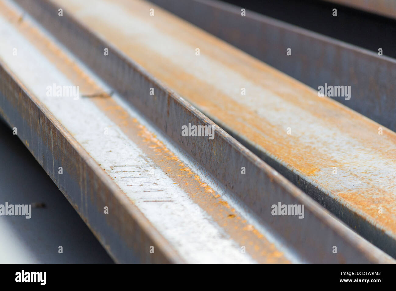 Abstract Industrial Beam Construction Stockfotos & Abstract ...