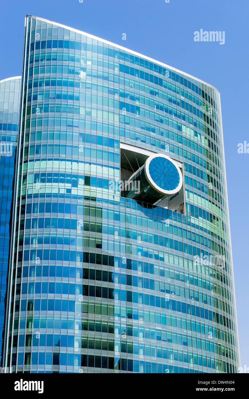Außergewöhnliche architektonische Gestaltung des Glas Office Tower in Dubai Vereinigte Arabische Emirate Stockbild