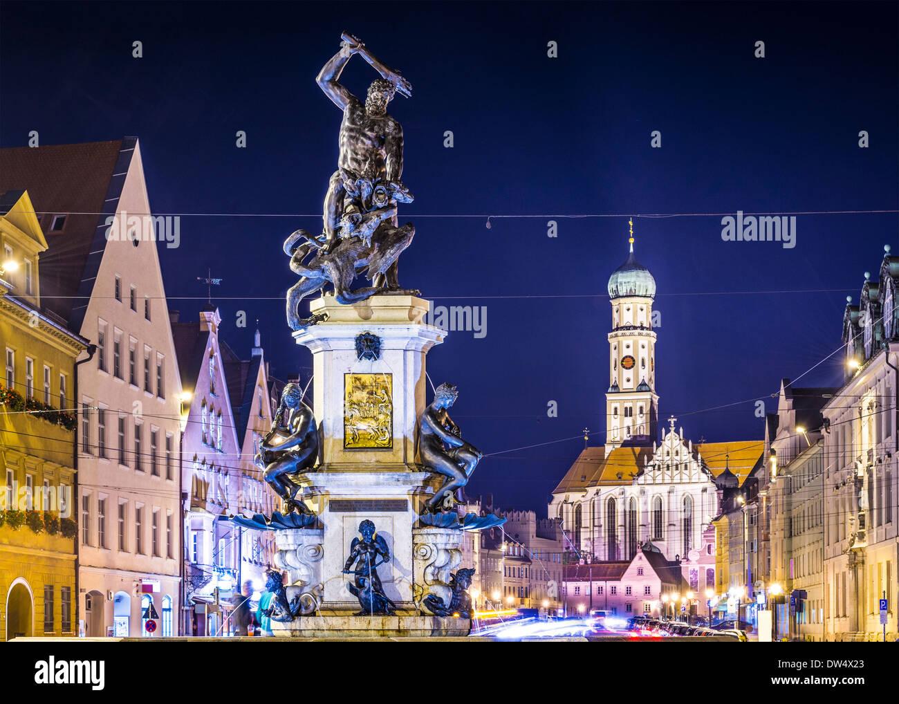 Augsburg, Deutschland Stadtbild auf der Maximilianstraße. Stockbild