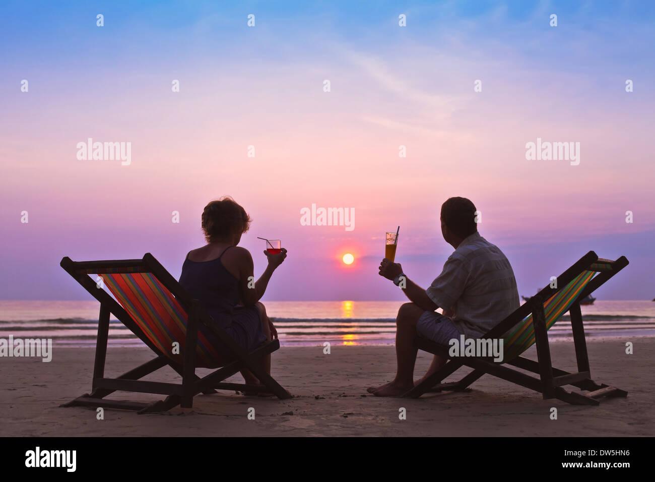 paar am Strand Stockbild