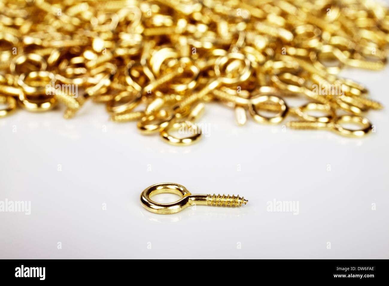 Goldenen Haken verwendet durch Verfasser, ein Seil auf dem Rücken ...