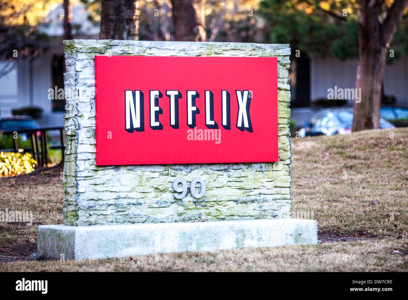 Ein Netflix-Zeichen in Los Gatos, Kalifornien Stockbild