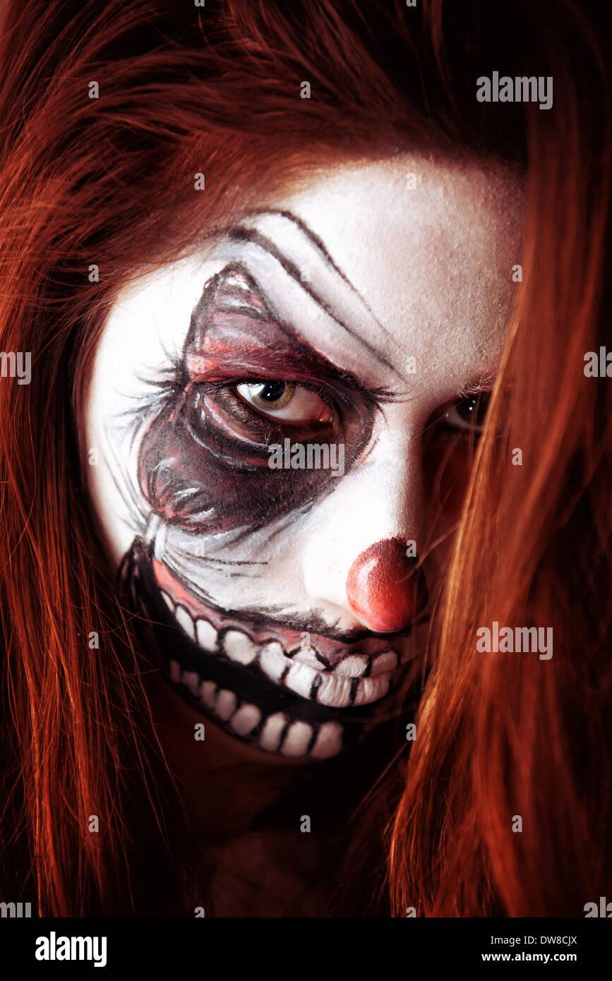 Teenager Madchen Mit Beangstigend Clown Schminken Stockfoto Bild
