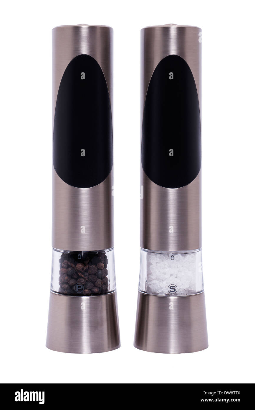 Ein paar Salz- und Pfeffermühlen oder Töpfe zum Mahlen von Salz & Pfeffer auf weißem Hintergrund Stockbild