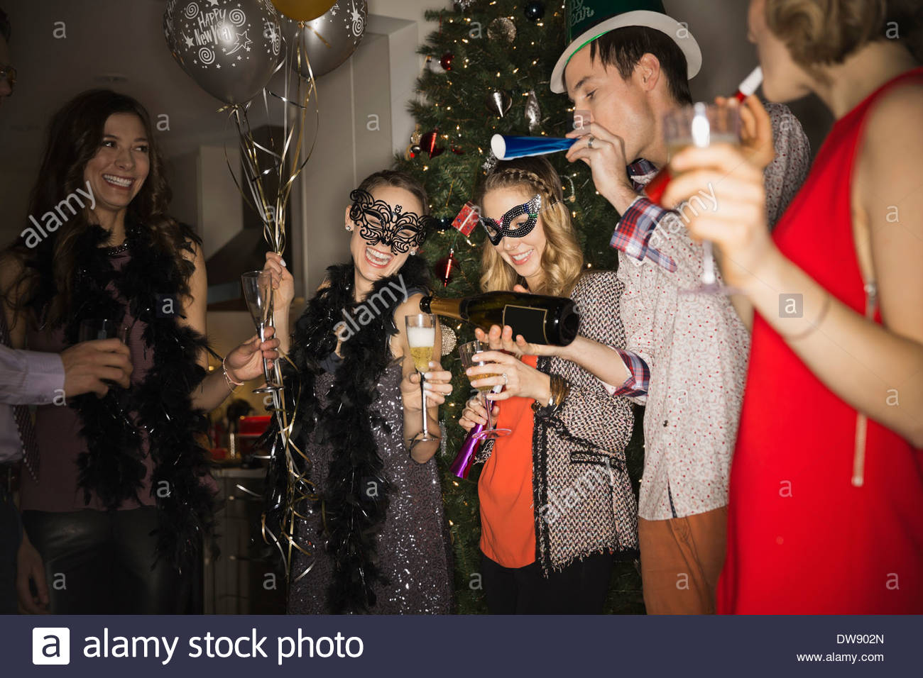 new years eve party stockfotos new years eve party bilder seite 2 alamy. Black Bedroom Furniture Sets. Home Design Ideas