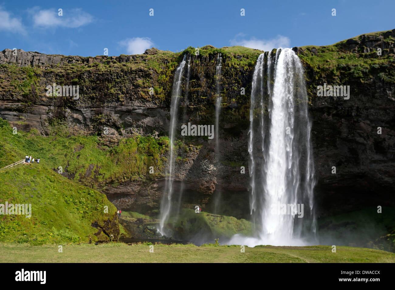 Wasserfall Seljalandsfoss im Süden Islands Stockbild