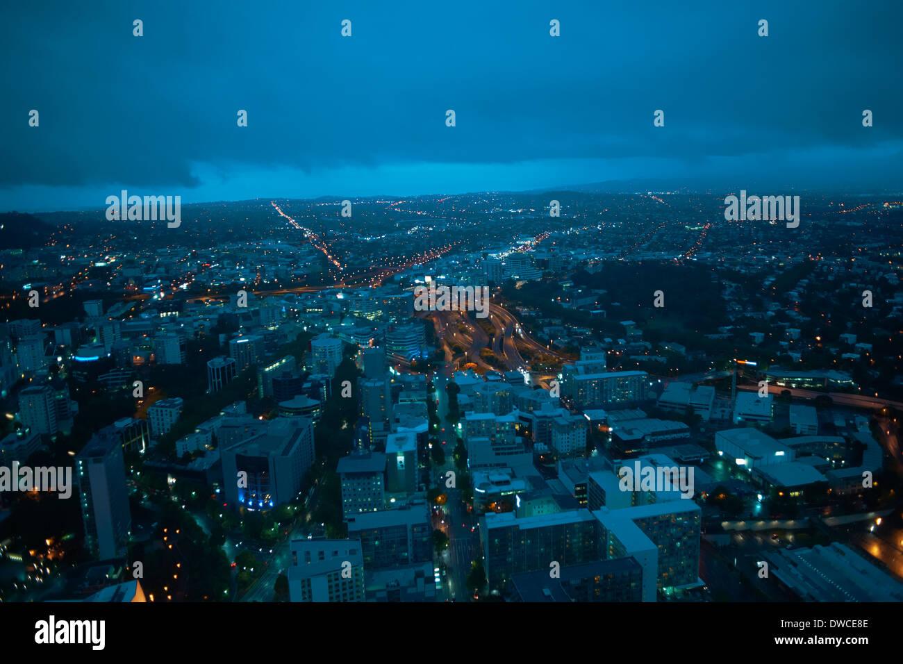 Erhöhte Ansicht von Auckland bei Nacht, New Zealand Stockfoto